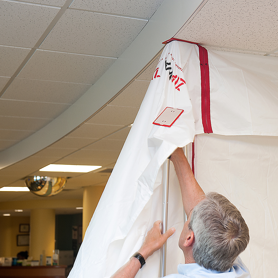 zipwall-hospital-renovation-healthcare-construction-drop-ceiling-dust-containment